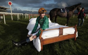 Advertising on Festivals of Racing will benefit hotels near racecourses