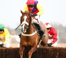 Native River Wins Hennessy Gold Cup 2016